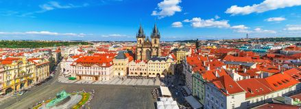 Panorama van het Oude Stadsvierkant in Praag, Tsjechische Republiek Royalty-vrije Stock Foto's
