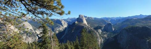 Panorama van het Park van Yosemite het Nationale royalty-vrije stock afbeelding