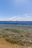 Panorama van het strand bij ertsader, Sharm el Sheikh Stock Foto