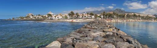 Panorama van het strand van Las Amerika op 23 Februari, 2016 in Adeje, Tenerife, Spanje Stock Afbeelding