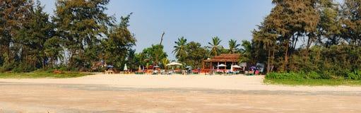 Panorama van het strand, Zuiden Goa, India stock afbeelding