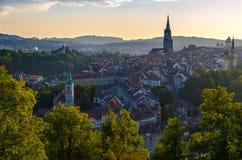 Panorama van historisch stadscentrum Bern, Zwitserland royalty-vrije stock afbeeldingen