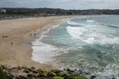Panorama van iconisch Bondi-Strand royalty-vrije stock foto's