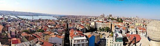 Panorama van Istanboel boven Galata Royalty-vrije Stock Afbeeldingen