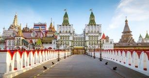 Panorama van Izmailovsky het Kremlin in Moskou, Rusland royalty-vrije stock foto's