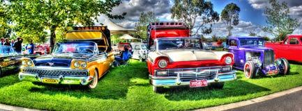 Panorama van jaren '60 Ford Fairlane convertibles Stock Afbeelding