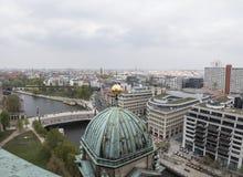 Panorama van Kathedraal van Berlijn, Duitsland stock afbeelding