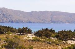 Panorama van Kedrodasos-strand, Eiland Kreta stock afbeelding
