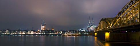 Panorama van Keulen bij n Stock Afbeelding