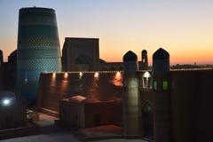 Panorama van Khiva Oezbekistan Centraal-Azië bij zonsondergang royalty-vrije stock foto's