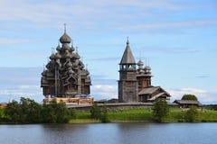 Panorama van Kizhi in de zomer stock fotografie