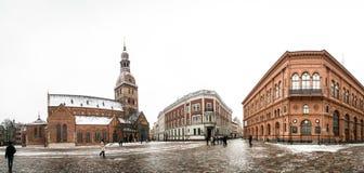Panorama van Koepelvierkant met de Koepelkathedraal in Riga, Letland Stock Fotografie