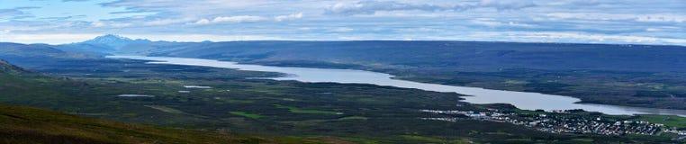 Panorama van Lagarfljot-meer in Oostelijk IJsland royalty-vrije stock afbeeldingen
