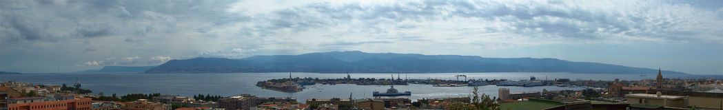 Panorama van Messina, Sicilië, Italië stock foto