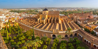 Panorama van Mezquita in Cordoba, Spanje stock fotografie