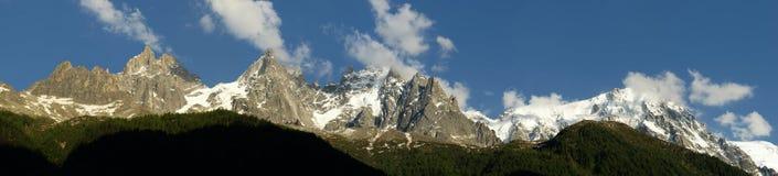 Panorama van Mont Blanc Stock Afbeeldingen