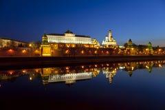 Panorama van Moskou het Kremlin in de vroege ochtend Royalty-vrije Stock Foto