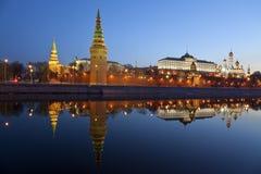 Panorama van Moskou het Kremlin in de vroege ochtend Stock Afbeeldingen