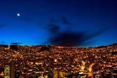 Panorama van nachtLa Paz, Bolivië Stock Foto
