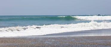 Panorama van nationaal het parkstrand van Manuel Antonio in Costa Rica, de meeste mooie stranden in de wereld, surferstranden in  stock foto