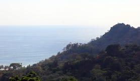 Panorama van nationaal het parkstrand van Manuel Antonio in Costa Rica, de meeste mooie stranden in de wereld, surferstranden in  stock afbeelding