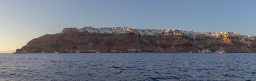 panorama van Oia, Griekenland Santorini, mening van het overzees met stock foto's
