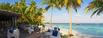 Panorama van openluchtrestaurant stock afbeelding