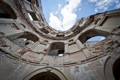 Panorama van oud ruïne oud Kasteel Krzyztopr in Ujazd Royalty-vrije Stock Foto's