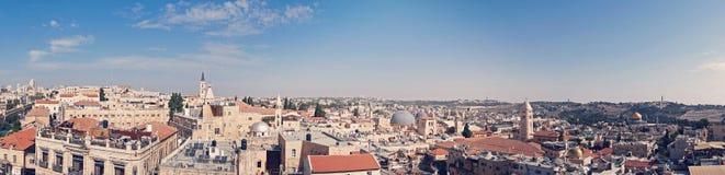 Panorama van oude stad Jeruzalem, Israël van zuidelijke kant Hoogste mening van de daken van het oude historische district van stock foto
