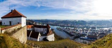 Panorama van Passau, Beieren, Duitsland royalty-vrije stock fotografie