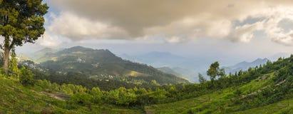 Panorama van Perumal Peak, van Coaker's-Gang, Kodaikanal wordt gezien die Stock Afbeeldingen