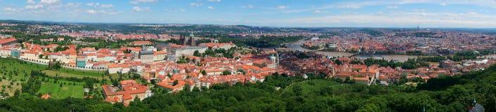 Panorama van Praag de stad in Stock Afbeelding