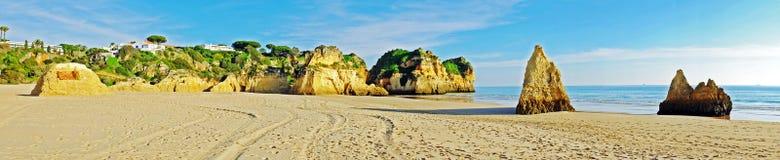 Panorama van Praia Tres Irmaos Portugal Stock Foto