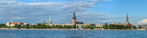 Panorama van Riga, hoofdstad van Letland Stock Foto