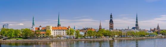Panorama van Riga, Letland Stock Afbeeldingen