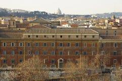 Panorama van Rome dat van de Aventine-heuvel wordt gezien Royalty-vrije Stock Foto's