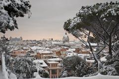Panorama van Rome onder sneeuw Royalty-vrije Stock Foto