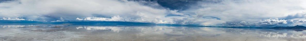 Panorama van Salar de Uyuni stock foto