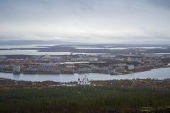 Panorama van Monchegorsk stad, Rusland Stock Foto's