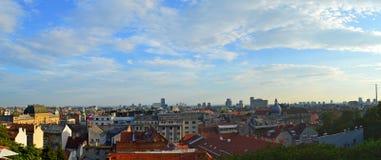 Panorama van stad van Zagreb Stock Foto's