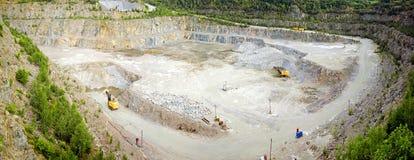 Panorama van steengroeve van graniet stock foto's