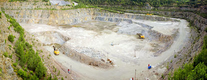 Panorama van steengroeve van graniet stock foto
