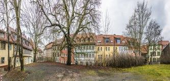 Panorama van straat met half betimmerde huizen in Nordhausen Stock Fotografie