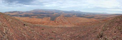 Panorama van typisch vulkanisch binnenland van Lanzarote. Royalty-vrije Stock Foto