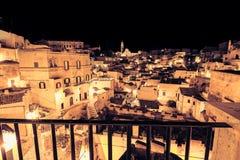 Panorama van typische stenen Sassi di Matera en kerk van het Europese Kapitaal van Unesco van Matera van Cultuur 2019 Royalty-vrije Stock Foto