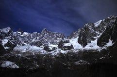 Panorama van Val Ferret in Valle D ` Aosta in een wintertijd Royalty-vrije Stock Afbeeldingen