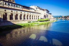 Panorama van Vasari-Gang, Florence, Toscanië, Italië stock foto's