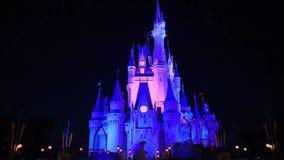 Panorama van Verlichte Cinderella Castle bij Magisch Koninkrijk