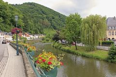 Panorama van Vianden, Luxemburg Stock Fotografie