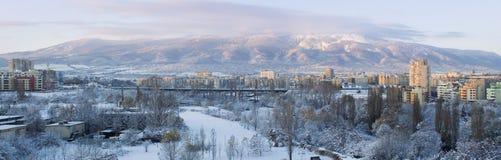 Panorama van Vitosha berg in de winter royalty-vrije stock afbeelding